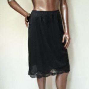 Plus Size Adonna Black 1/2 Slip Petticoat
